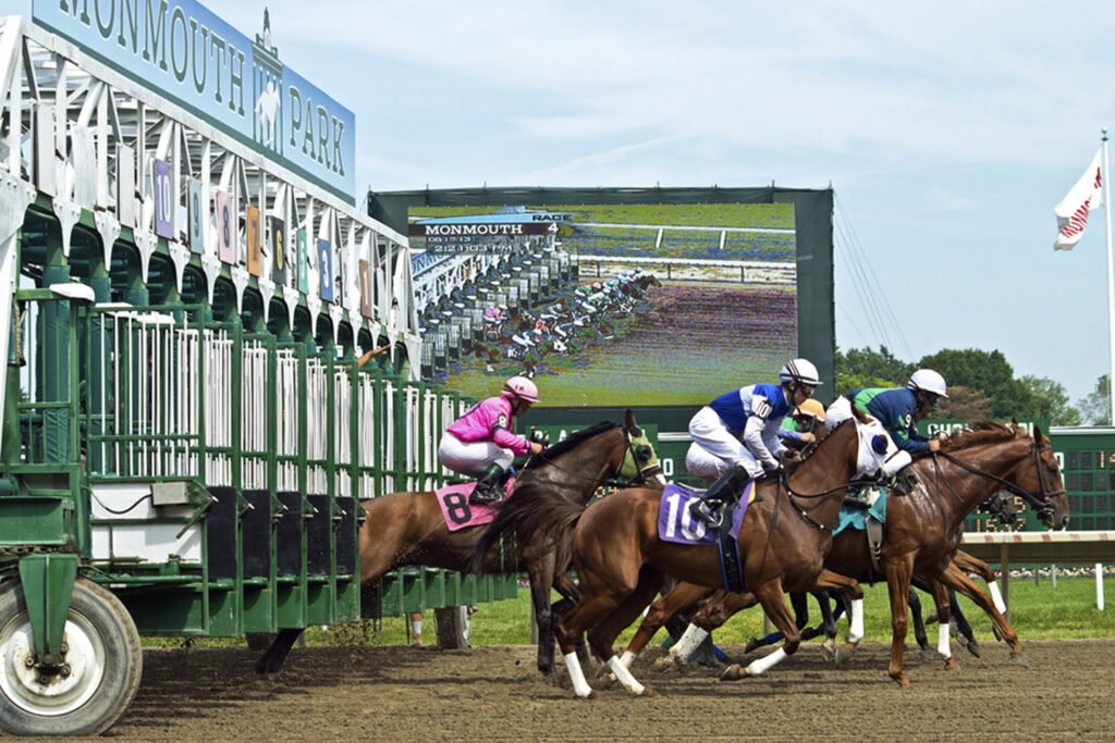 modular-outdoor-screen-rental-Upstage-Video_Monmouth-Park1-copy